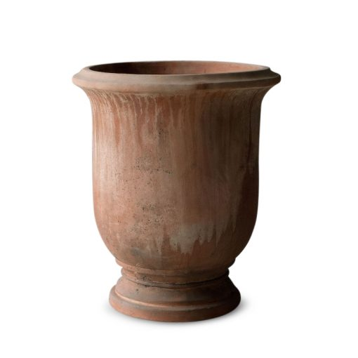 Inner Gardens Francese Liscio: Italian Terrace Terra Cotta Planter. terra cotta pots large, terra cotta planter, outdoor large planters pots. Carried by renowned landscape designer Stephen Block.