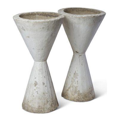 Inner Gardens vintage French Hourglass Planters. vintage planter, vintage garden, large outdoor plant pot, outdoor large planters pots, french planter, ideas for garden decor. Discovered by renowned landscape designer Stephen Block.