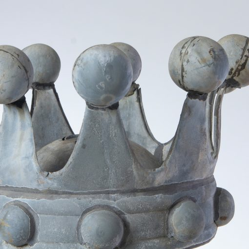 Top of antique crown finial