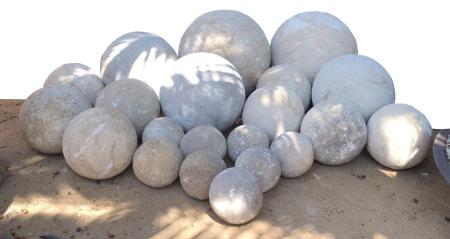 18u0027u0027 French Limestone Garden Spheres